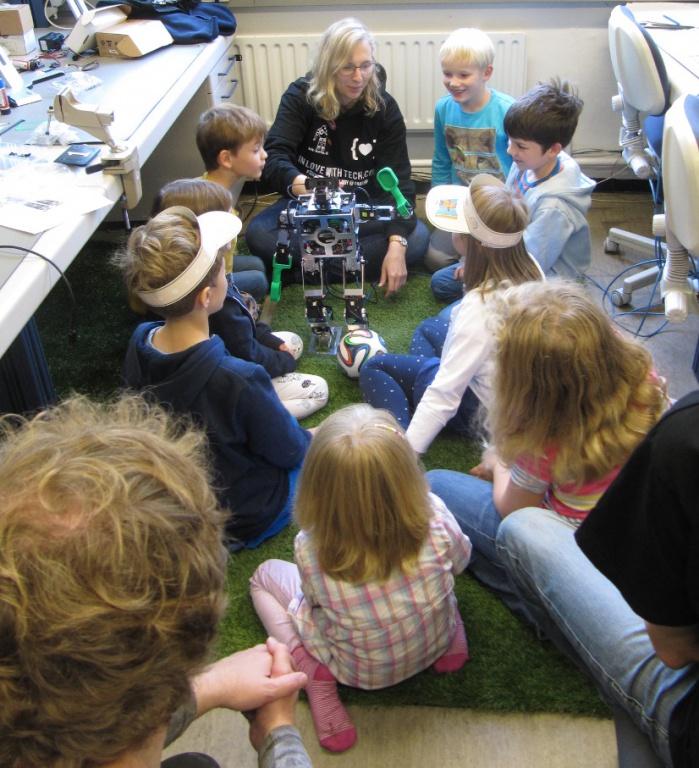 Minibot lernt Winken